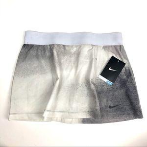 NIKE tennis skirt grey and white layering
